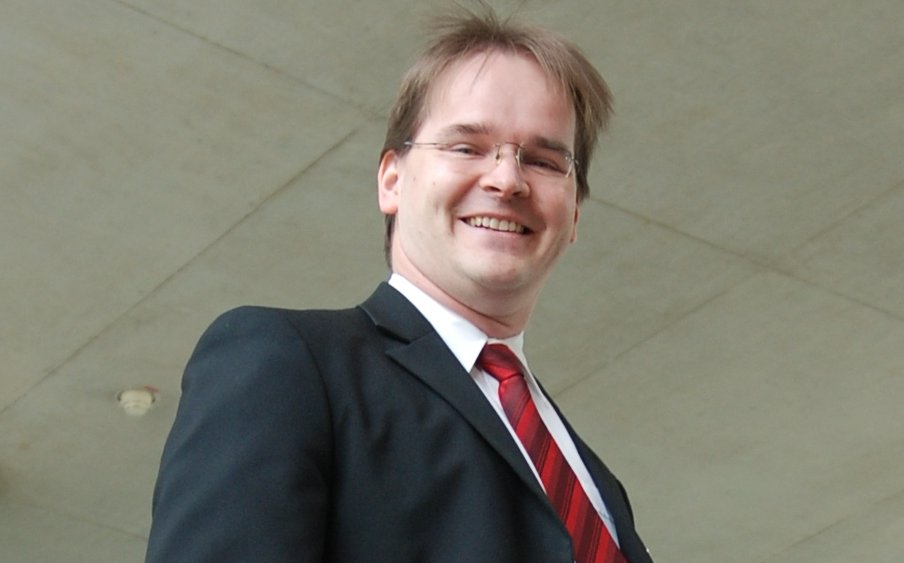 """Freut sich auf """"eine der spannendsten Aufgaben, die man auf Landesebene haben kann"""": Niedersachsens designierter Kultusminister Grant Hendrik Tonne Foto: SPD in Niedersachsen / flickr (CC BY 2.0)"""