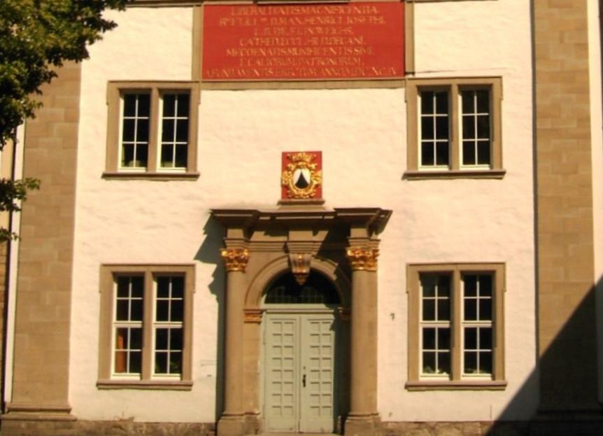 Gegründet 815: Das Gymnasium Josephinum in Hildesheim. Foto: Longbow4u /Wikimedia Commonspublic domain