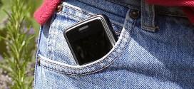 Schüler gegen komplette Handy-Verbote an Schulen