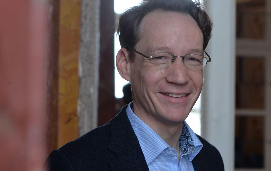 Viele Gemeinsamkeiten zwischen Orient und Okzident entdeckt: Prof. Dr. Dag Nikolaus Hasse. Foto: DFG / Ausserhofer