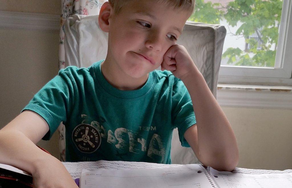 Nicht (nur) für die Schule, für das Leben erledigen wir unsere Hausaufgaben. Foto: paperelements / pixabay (CC0 1.0)