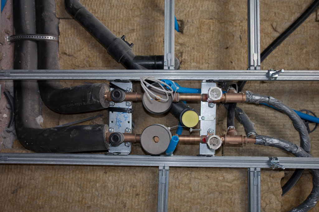 Auch wenn die Senefelder-Schule in Treuchtlingen kreativ mit dem Ausfall der Heizung umgegangen ist, gibt der bauliche Zustand vieler Schulen Anlass zur Sorge. Foto: Felix5413 / flickr (CC BY 2.0)