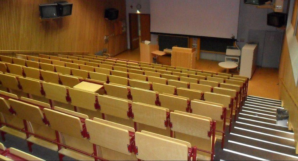 Lehrer sind dieser Tage gesuchte Fachkräfte. Viele Länder haben die Kapazitäten für Lehramtsstudenten an den Unis erhöht. Doch nicht alle Plätze werden auch besetzt. Foto: Thomas Kohler / flickr (CC BY 2.0)