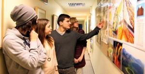 """Für das projektorientierte Lernen zum """"Geosystem Erde – die Welt begreifen durch globales, nachhaltiges Denken, Lernen und Handeln"""" wurde die Domschule St. Marien in Hamburg ausgezeichnet. Foto: Deutscher Lehrerpreis"""