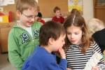 """In Grundschulen wird bereits am häufigsten gemeinsam unterrichtet. Foto: BAG """"Gemeinsam leben – gemeinsam lernen"""""""