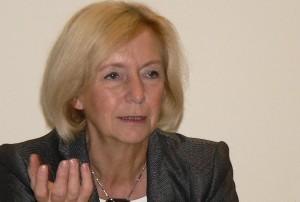 Will die Wirtschaft in Sachen Analphabetismus stärker in die Pflicht nehmen: Bundesbildungsministerin Johanna Wanka. Foto: Axel Hindemith /  Wikimedia Commons  Creative Commons (CC-by-sa-3.0)
