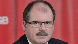 DGB-Vorstand Stefan Körzell fordert eine Reform des Dienstrechts für Beamte. Foto: DGB Hessen-Thüringen