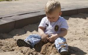 Die hessische Landesregierung will die Betreuung der uner Dreijährigen verbessern Foto: anschi / pixelio.de