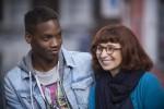 Co-Autor und Hauptdarsteller Malik mit Lehrerin Anne.