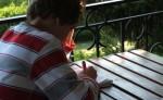 Können verpflichtende Nachhilfe oder Sommerschulen das Sitzenbleiben überflüssig machen? Foto: schemmi / pixelio.de