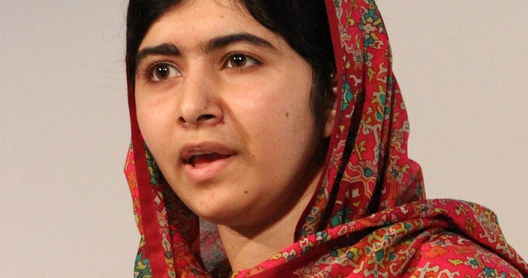 Die Taliban bedrohen sie weiterhin mit dem Tod: die 17-jährige Malala. Foto: Russell Watkins/Department for International Development / Wikimedia Commons
