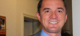 """Bildungsminister spricht von """"geringen Anpassungen"""" – GEW und Grundschulverband warnen Schulen vor gravierenden Einschnitten"""