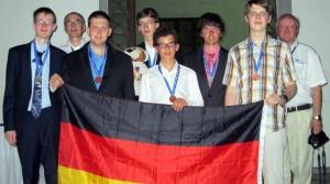 Das deutsche Team bei der Mathe-Olympiade, links: Lars Munser. Foto: Bildung & Begabung / Kultusministerium Sachsen-Anhalt