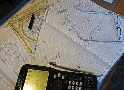 Werden die Abiturnoten zu lasch vergeben? (Foto: Jörg TRampert/pixelio.de)