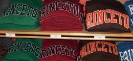 Schulkleidung als Merchandising-Produkt und zum Teambuilding beliebt