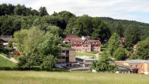 Ob die Odenwaldschule als «Schuldorf Lindenstein» eine zukunft hat, ist noch nicht entschieden. Foto: Armin Kübelbeck / Wikimedia Commons (CC BY-SA 3.0)