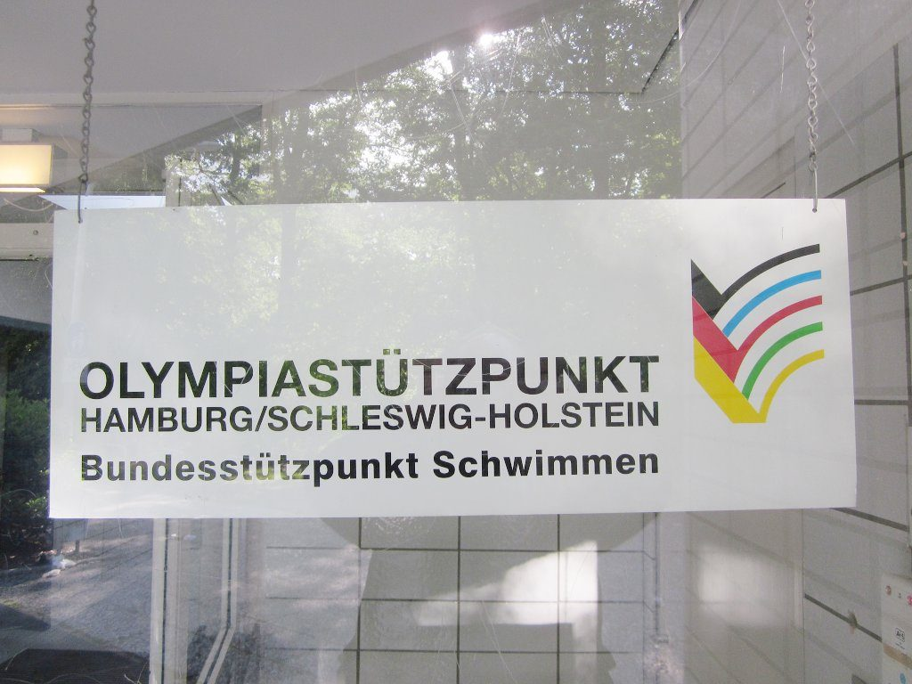 Als Mitglied des Schwimmkaders hat einer der Beschuldigten weiterhin Anspruch, am Olympiastützpunkt zu trainieren, ohne das die Schule eine Handhabe dagegn hätte. Foto Claus-Joachim Dickow / Wikimedia Commons (CC BY-SA 3.0)