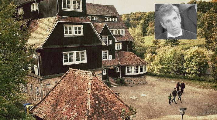 Galt als renommiertester Pädagoge in Deutschland: Hartmut von Hentig, hier auf einem Foto von 1972. Sein Freund Gerold Becker leitete die Odenwaldschule (großes Foto) – und war einer der Haupttäter im Missbrauchsskandal. Fotos: Jakob Montrasio / flickr (CC BY 2.0) / Bundesarchiv, Engelbert Reineke / Wikimedia commons (CC-BY-SA)