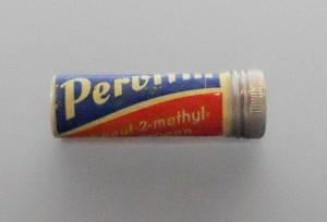 """""""Pervitindose"""" - im zweiten Weltkrieg verwendetes Medikament mit dem Wirkstoff Methamphetamin. (Foto: Jan Wellen/CC BY-SA 3.0 Wikimedia Commons)"""