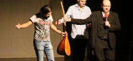 """""""Refugees welcome on stage"""" – Kölner Schüler bringt zum zweiten Mal Flüchtlinge auf die Bühne und verwirklicht eine Vision"""