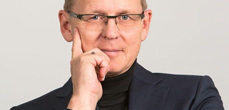 Möchte Lehrer wieder verbeamten - wahrscheinlich: Thüringens Ministerpräsident Bodo Ramelow. Foto: DiG / TRIALON / Wikimedia Commons (CC BY 3.0)