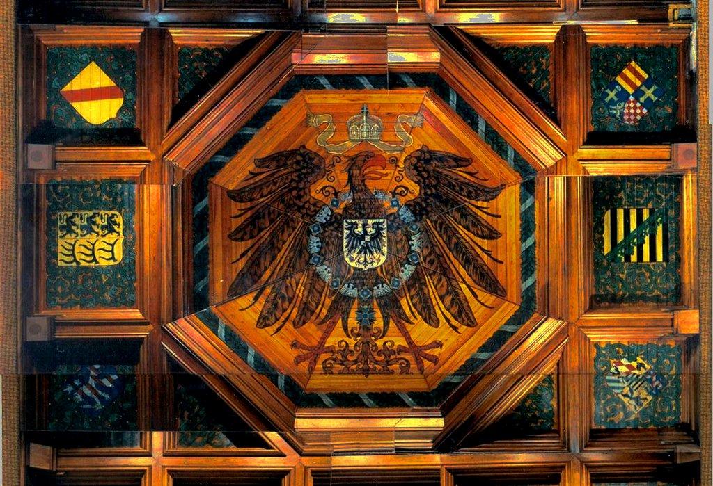 Nach Ansicht der Reichsbürger besteht das Deutsche Reich noch immer fort. Foto: Marineschule Mürwik / Wikimedia Commons [Public domain]