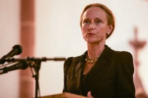 Wissenschaftsministerin Sabine von Schorlemer an einem Rednerpult