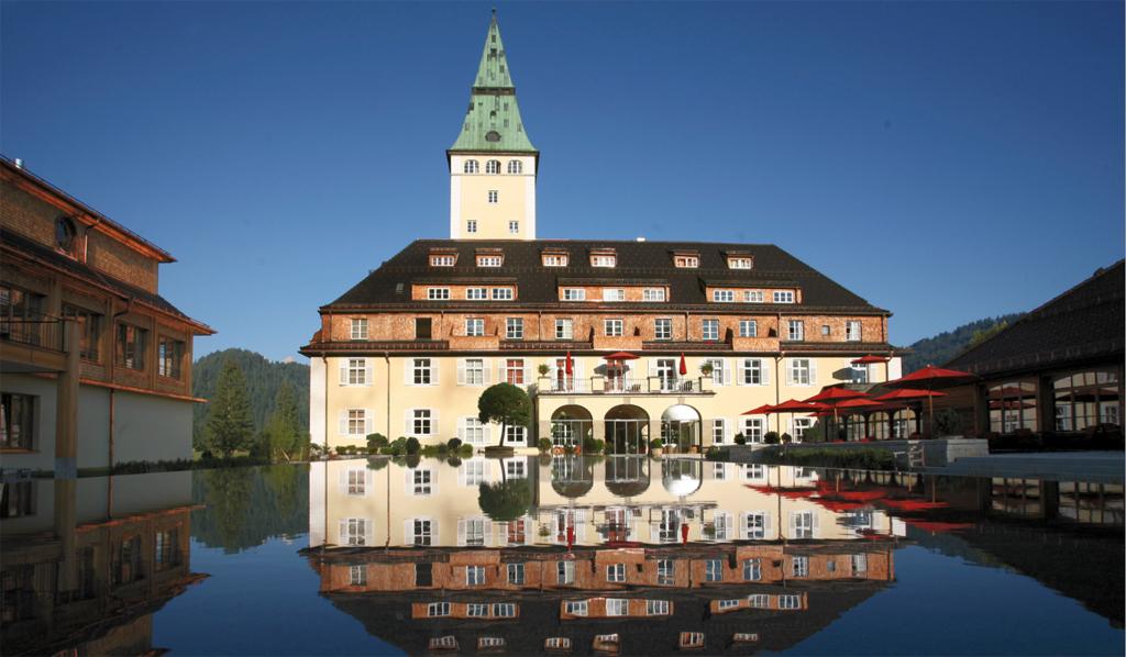 Auf Schloss Elmau treffen sich im Juni die Staatschefs der G7-Nationen Foto: Schloss Elmau /Wikimedia Commons (CC BY-SA 3.0)