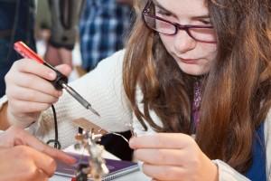 """Spaß am Tüfteln? Das sollen Schüler am """"Schnuppertag Arbeitswelt"""" in der DASA herausfinden können. Foto: Andreas Wahlbrink"""