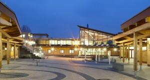 Schulbau-Projekt von Peter Hübner: Justus-von-Liebig-Schule, Moers