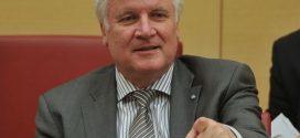 Angeblich ist noch alles offen: Seehofer will Mitte März über mögliche G9-Rückkehr entscheiden