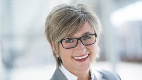 Die neue BLLV-Präsidentin Simone Fleischmann will sich für eine humane Schule einsetzen. Foto: BLLV