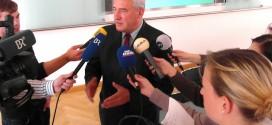 Harte Zeiten für Bayerns Kultusminister Spaenle – Regierungschef Seehofer kritisiert seine Führung in G8-Debatte