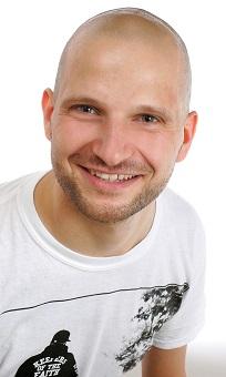 Steve Nebel, M.A., ist seit 2013 wissenschaftlicher Mitarbeiter am Institut für Medienforschung an der Professur für E-Learning und Neue Medien der Technischen Universität Chemnitz. Schwerpunktmäßig beschäftigt er sich mit der Optimierung von digitalen Lernspielen für den Lehr- und Lernprozess – unabhängig von der Zielgruppe und dem Lerninhalt. Foto: Privat