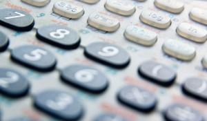 Eine veraltete Technik? Der Streit um die zwangsweise Einführung grafikfähiger Taschenrechner setzt das NRW-Schulministerium unter Zugzwang. Foto:  Scoobay / flickr (CC BY 2.0)