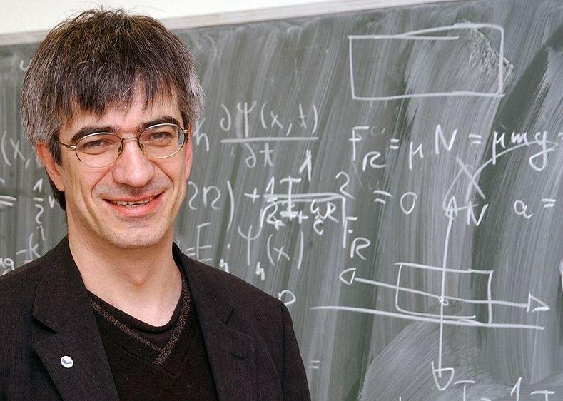 Hat viel gerechnet: Physik-Professor Metin Tolan. Foto: Juergen Huhn / TU Dortmund / Wikimedia Commons (CC BY-SA 3.0)