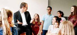 """Die """"Bildungsfibel"""" des neuen Kultusministers enthält: A13  für  alle  Grundschullehrer als """"langfristiges Ziel"""""""