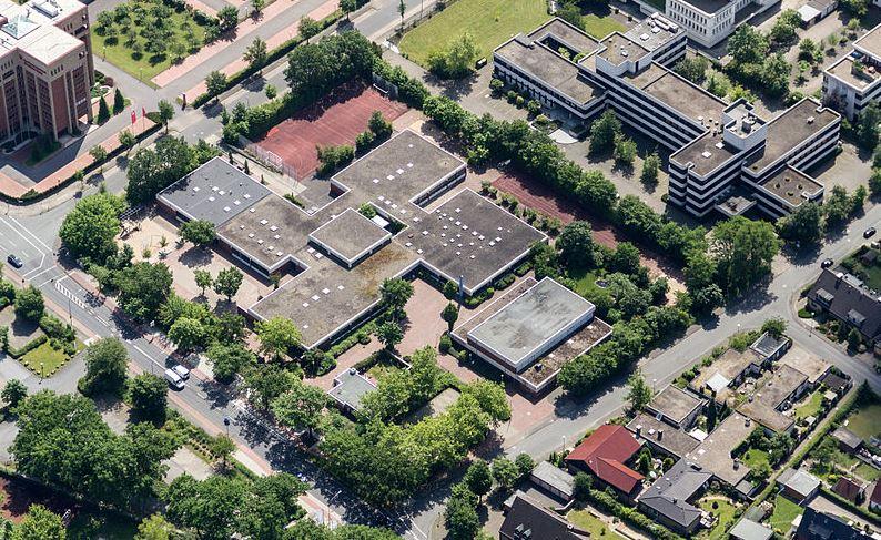 Bleibt vorerst erhalten: die Uppenbergschule in Münster. Foto: Dietmar Rabich / Wikimedia Commons / CC BY-SA 4.0