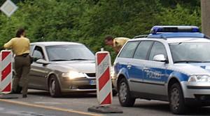 Verkehrskontrolle - An Schulen und Schulwegen in Mecklenburg-Vorpommern waren in der ersten Woche des neuen Schuljahres über 900 Polizisten bei Verkehrskontrollen im Einsatz. Foto: Ralf Roletschek / Wikimedia Commons (CC BY-SA 3.0)