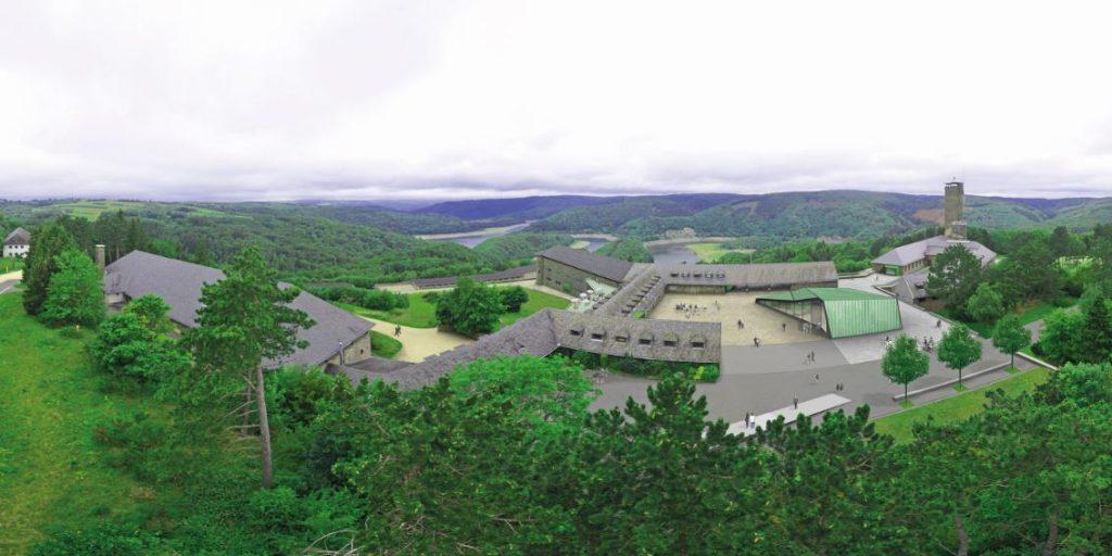 Blick über die Eifel: die ehemalige NS-Ordensburg Vogelsang. Foto: ©Mola und Winkelmüller Architekten GmbH BDA