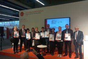 """Cornelsen Lehrwerke ausgezeichnet: """"Simply Business"""" und """"Panorama"""" sind beste europäische Bildungsmedien"""
