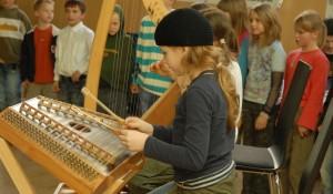 Künstlerisch-musische Fächer haben an vielen Schulen keinen hohen Stellenwert. Foto: g.pleger / flickr (CC BY-SA 2.0)