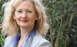 Freut sich über das Abstimmungsergebnis im Landtag: Kultusministerin Gabriele Warminski-Leitheußer. Foto: Grüne Baden-Württemberg/Flickr