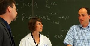 Fünfmal mehr Geld als bislang im Bund-Länder-Pakt vorgesehen, ist nach Meinung der GEW notwendig um die Nachwuchs-Situation an den deutschen Hochschulen nachhaltig zu verbessern. Foto: ChemieBW 2015 / flickr (CC BY 2.0)