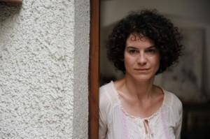 """Der """"Zappelphilipp"""" bringt Lehrerin Hannah Winter (Bibiana Beglau) an ihre Grenzen. Foto: Bayerischer Rundfunk"""