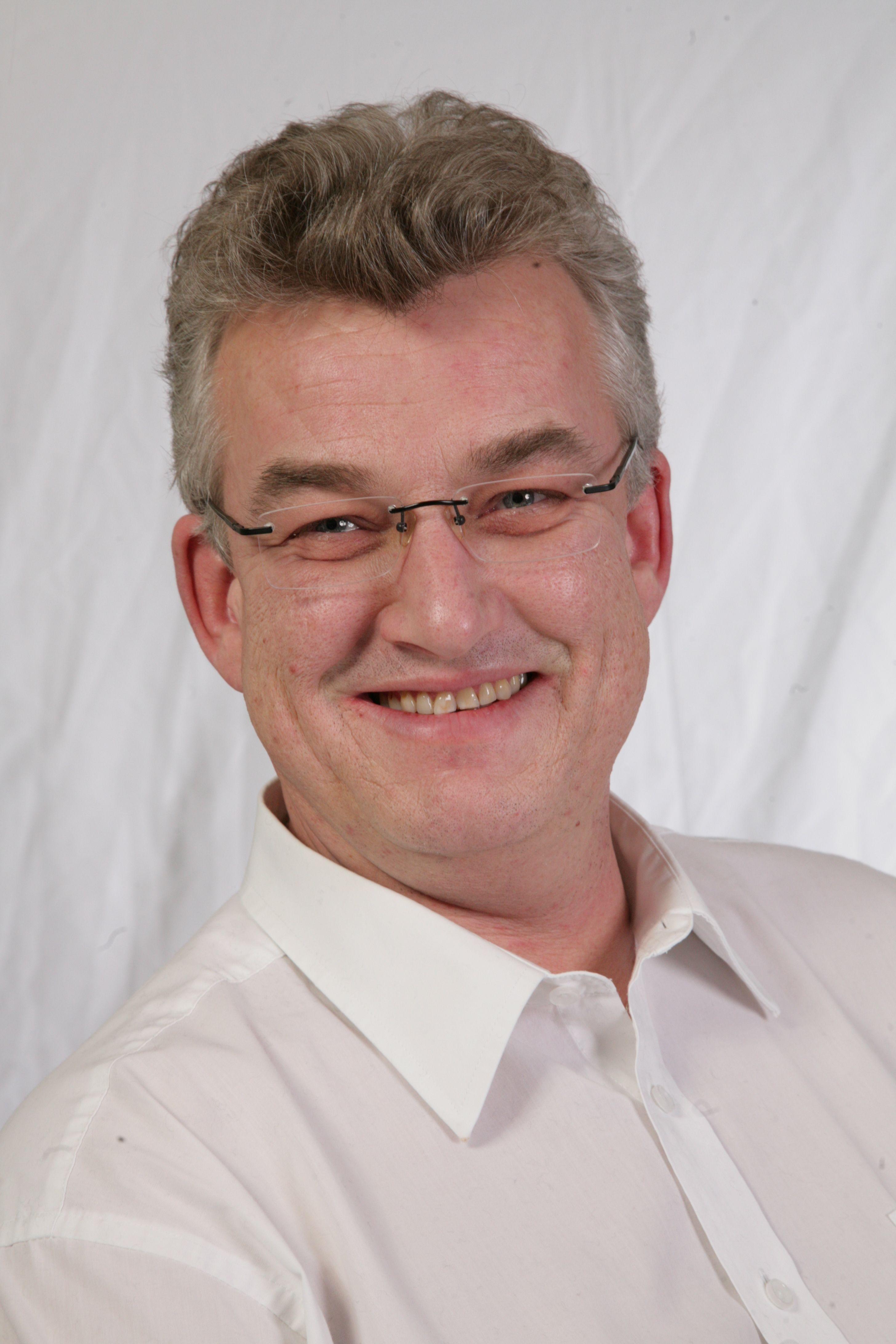 Prof. Dr. Claus Breuer (Bildquelle: TH Mittelhessen)