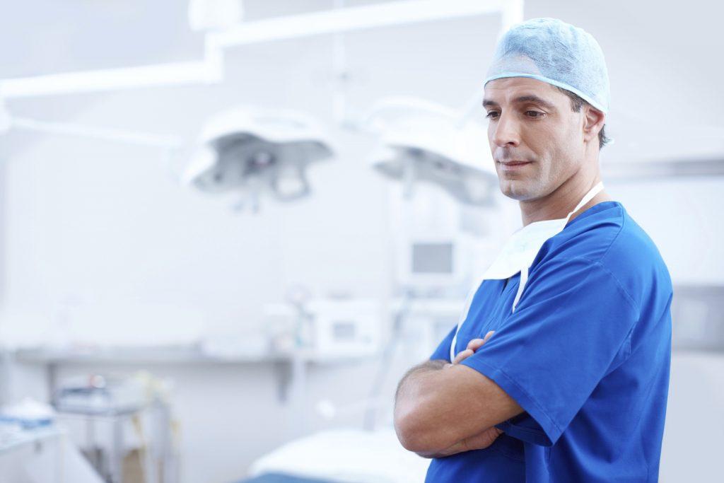 Privatversicherte haben beim Arztbesuch so manche Privilegien. Foto: pixabay