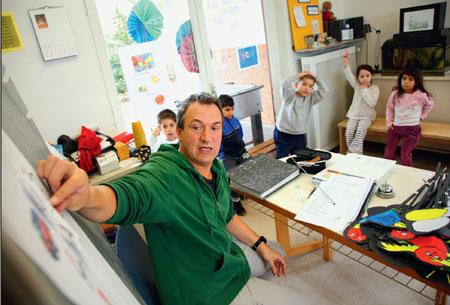 """Die Stadt Köln bietet Roma-Kindern im Projekt """"Amaro Kher"""" spezielle Integrationsprogramme an. (Bild: Alex Büttner)"""
