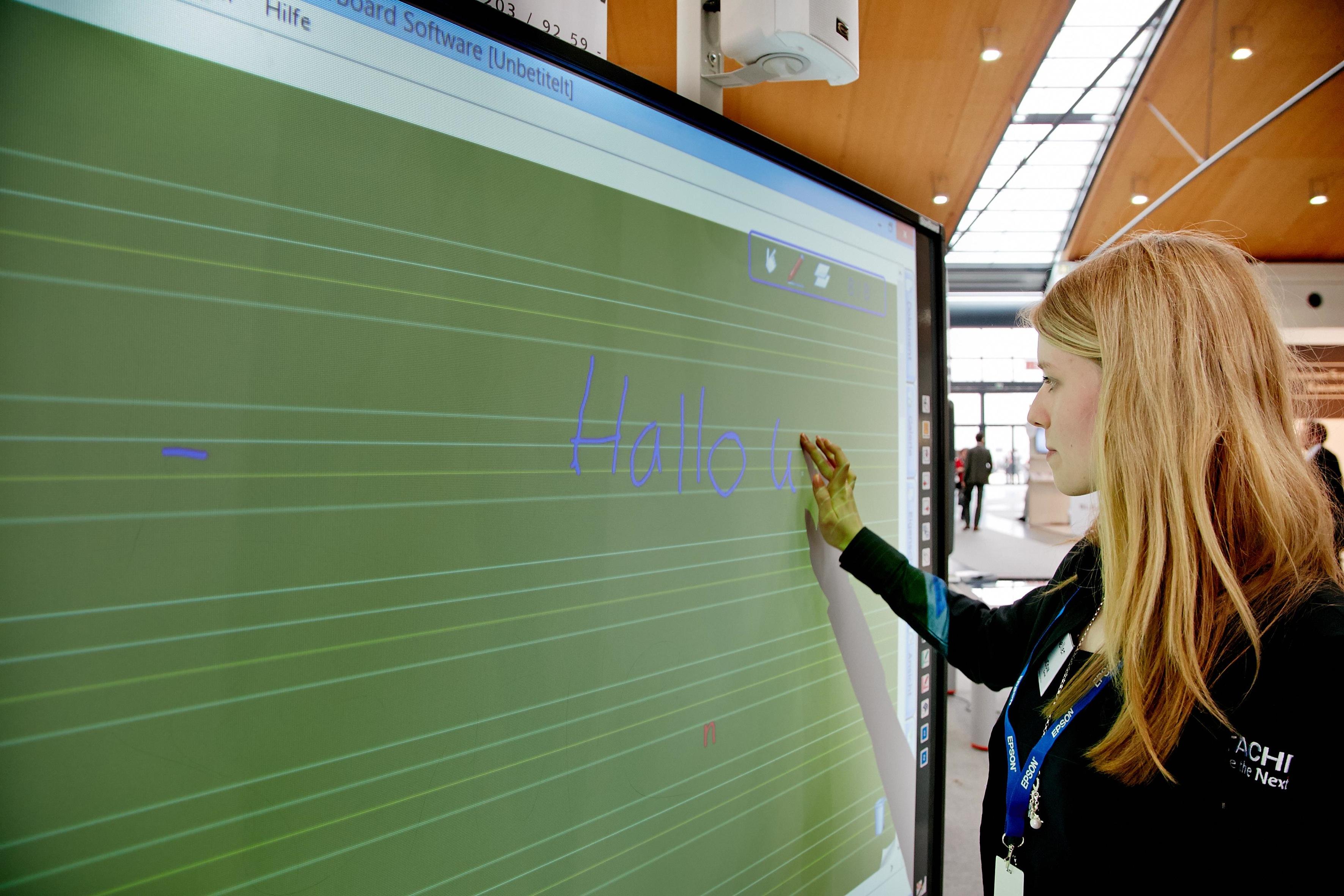 Jetzt wird das Lernen revolutioniert, verkündet die Branche regelmäßig. Foto: Behrendt & Rausch Fotografie/Learntec