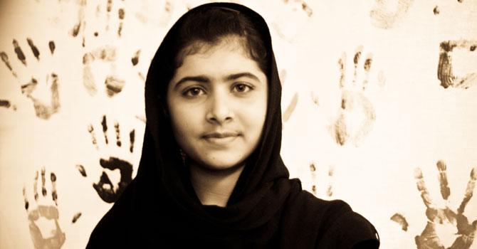Die Taliban bedrohen sie weiterhin mit dem Tod: die 17-jährige Malala. Foto: nighat dad